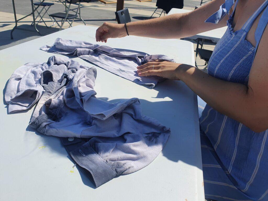 cięcie starych t-shirtów