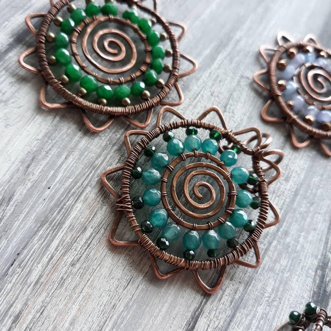 miedziana biżuteria